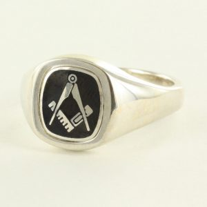 Regalia Store UK 1-246-300x300 Black Reversible Cushion Head Solid Silver Square and Compass Masonic Ring