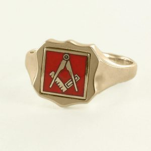 Regalia Store UK 1-346-300x300 Red Reversible Shield Head Solid Gold Square and Compass Masonic Ring